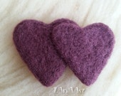 SALE of Violet felted couple hearts in love, scarf bag skirt brooch handmade hand-dyed of wool purple decoration for clothes, needlefelting