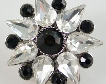 1 PC 18MM Black White Rhinestone Flower Silver Candy Snap Charm KB8714 Cc0381