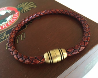 Mens bracelet, Leather, Whiskey Brown braided, Magnetic clasp, Thick leather, Brass, Jewelry, Father's Day