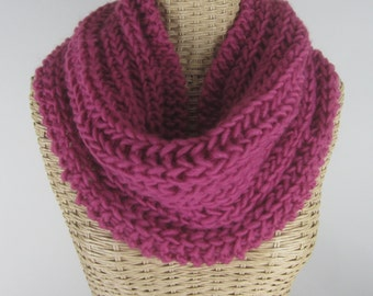 Hand Knit Purple Mobius Cowl - Soft Wool Blend Infinity Cowl - Berry  - Super Chunky Yarn ~ Warm Scarf