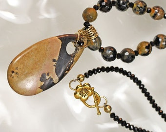 Peanut Jasper and Agate Necklace