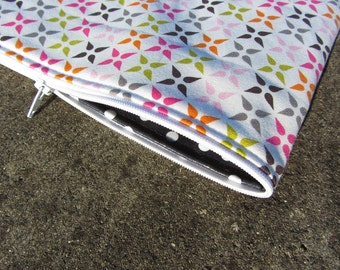 Perfect endless zipper pouch - ebook pattern - for zip pouches sewing cosmetic bag