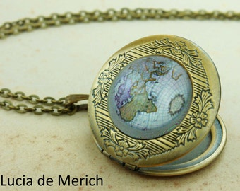 Map Locket Necklace - Gift For Traveler- World Map, Map Jewelry - Gift For Woman- mother's day gift