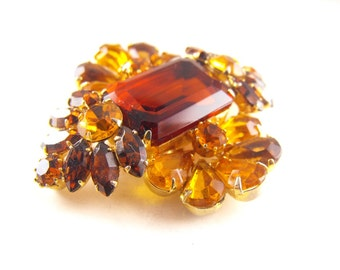 Rhinestone Brooch Topaz Amber Glow Floral Motif High Quality Vintage