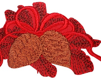 ID #8190B Christmas Pinecone Holiday Wreath Embroidered Iron On Applique Patch