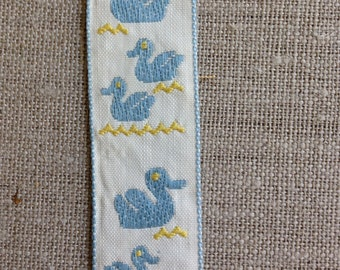Vintage cotton trim with ducks. vintage from the 1950's or 1960's
