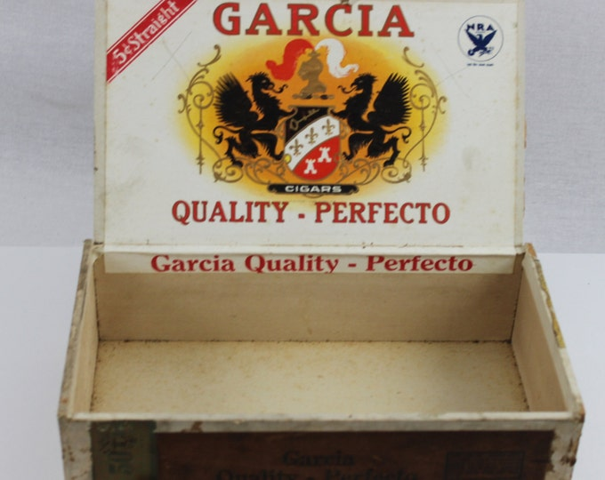Vintage Early 1930s Garcia Quality - Perfecto Wood Cigar Box, Blue Eagle N.R.A. symbol