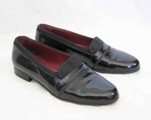 Vintage Patent Leather Tuxedo Loafer, Women's size 9