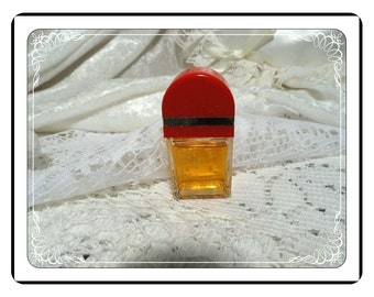 Red-Door Perfume Bottle -  Vintage  Miniature by Elizabeth Arden Vanity Collectible PF1921a-032313000