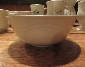Pfaltzgraff HEIRLOOM Stoneware SoupCereal Bowl   Made In The USA - Never Used
