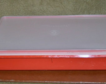 Vintage TUPPERWARE 9x13 RED Snack Stor Storage Container #290 & Seal Lid #291
