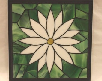 Daisy stained glass mosaic trivet