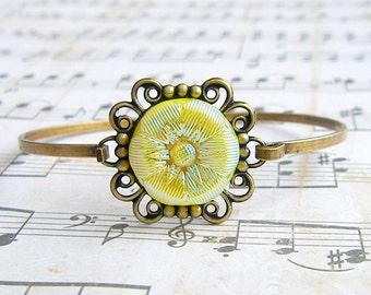 Sunshine  - Czech glass button bangle bracelet