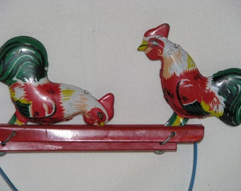 Vintage Tin Litho Rooster Pecking Squeeze Hand Operated Toy