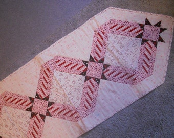 Ribbons & Stars Table Runner, Valentine, Hearts