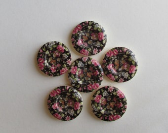 Granny print 4 hole wooden button 2.5cm  - set of 6