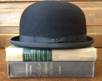 England Black Bowler Derby Hat, Blue Ribbon Saddle Derbies, Original Hat Box