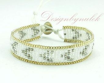 White japan seed  beads wrap bracelet.