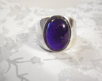1 Vintage Silverplated Moodring