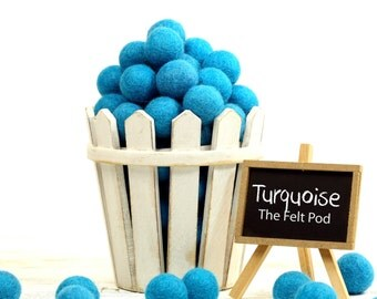 Wool Felt Balls // Felt Ball Garland DIY // DIY Mobile // diy Necklace // Poms // Beads // TURQUOISE // 1 cm 1.5 cm 2 cm 2.5 cm 3 cm 4 cm