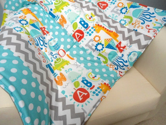 Baby play mat padded floor blanket by sewthoughtfulblanket for Floor quilt for babies