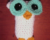 Insulin Pump Holder Necklace - Crocheted White Owl with Turquoise Eyes - Teen/Women's pump pouch - diabetic accessory