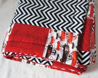 Baby Blanket Zig Zag 'Drive Me Crazy' Black, White and Red Chevron print