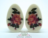 "Victorian Rose Teardrop Oval Plugs / Gauges. 2g /6.5mm, 0g /8mm, 00g/10mm, 1/2""/12.5mm, 9/16""/14mm, 5/8""/16mm, 3/4""/19mm, 7/8""/22mm, 1""/25mm"