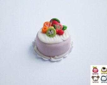 Miniature Cake, miniature clay cake, food figurine, miniature clay sweet, polymer clay food, mini, dessert, dollhouse, tiny, scale, fruits