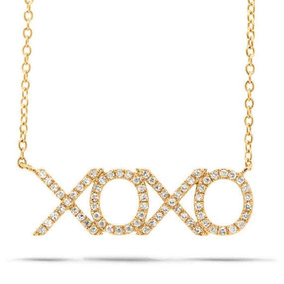 beautiful 14k gold xoxo necklace