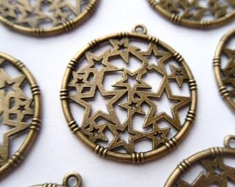5 Antique Bronze Round Star Charm Pendants 35x32mm    -S4CB1-1