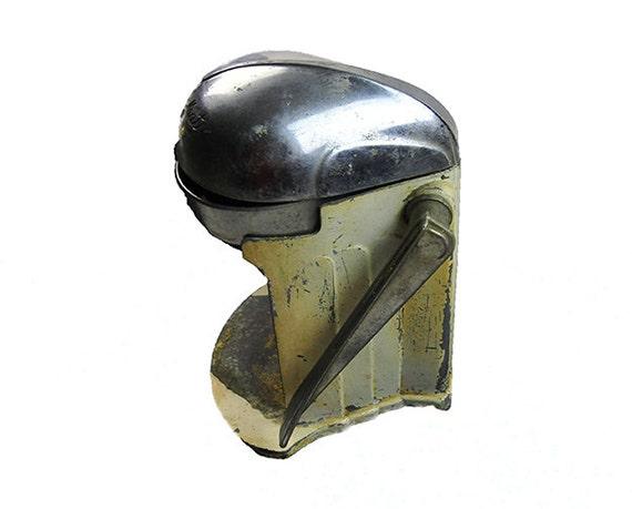 Antique Juicer 1905 Juice O Mat Juicer Cast Iron Yellow Rustic