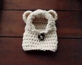 crochet bear hoodie in cream (3-6 months)