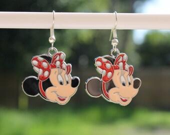 Minnie Mouse Disney earrings