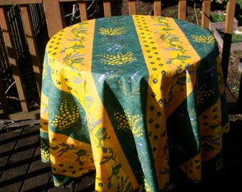 65'' Diameter round oilcloth , cotton  coated tablecloth .Gift for her. Fabric from Provence France.Lemons and lavender in green and yellow