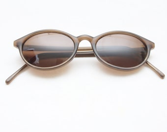 "Rare 90's Vintage ""OLIVER"" Brown Oval Sunglasses"