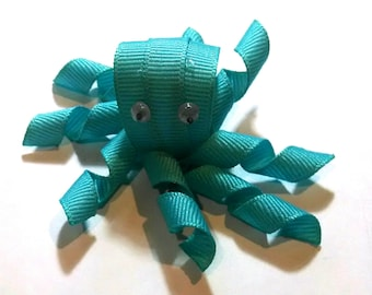 Octopus Ribbon Sculpture Clip