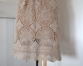 Women's Vintage Crochet Lace Skirt.Size 6 to 12.