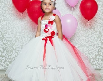 READY TO SHIP. Valentines Day Flower Girl Tutu Dress. Pink Red and White Flower Girl Tutu Dress with Detachable train. Wedding dress