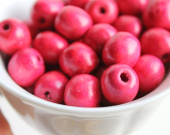 13 mm Natural wooden crimson handpainted beads 10 pcs - eco friendly r13mm