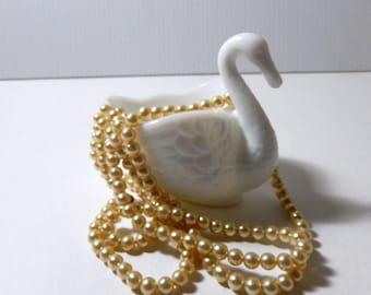 Imperial Milk Glass Swan Candy Dish / Swan Milk Glass Wedding Decor