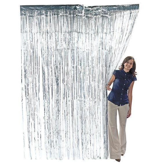 3' x 8' Silver Foil Metallic Fringe Curtain Photo