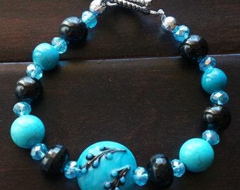 SALE!!! Black & Blue Glass Bead Bracelet