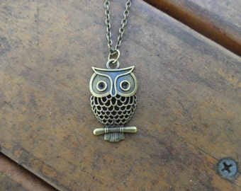 Antique Bronze Owl Necklace , Owl Jewelry , Bronze Pendant Necklace , Animal Necklace , Bird Jewelry , Girlfriend Necklace