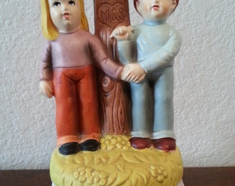 Tie A Yellow Ribbon Round The Old Oak Tree Musical Figurine
