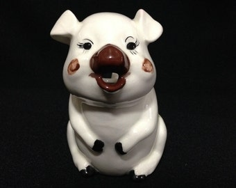 Vintage/Collectible 1983 Ceramic Pig Creamer by Woolson (or Planter)   (LDT1)