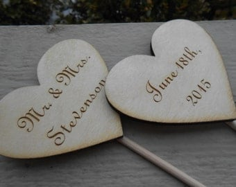 Personalized Heart Cake Topper, Your Names & Date. Custom Rustic Wedding Decoration, Shower, Love. CUSTOM ORDERS WELCOME.
