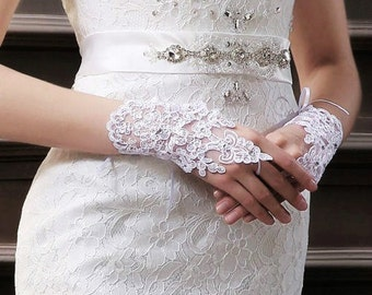 Fingerless Lace Wedding Gloves,Bridal Lace Wedding Gloves,Bridal Accessories