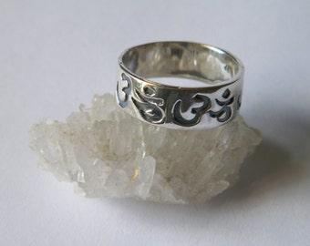925 Oxidized Sterling Silver Ring OM AUM Symbol Hindu New Age size-Custom Size