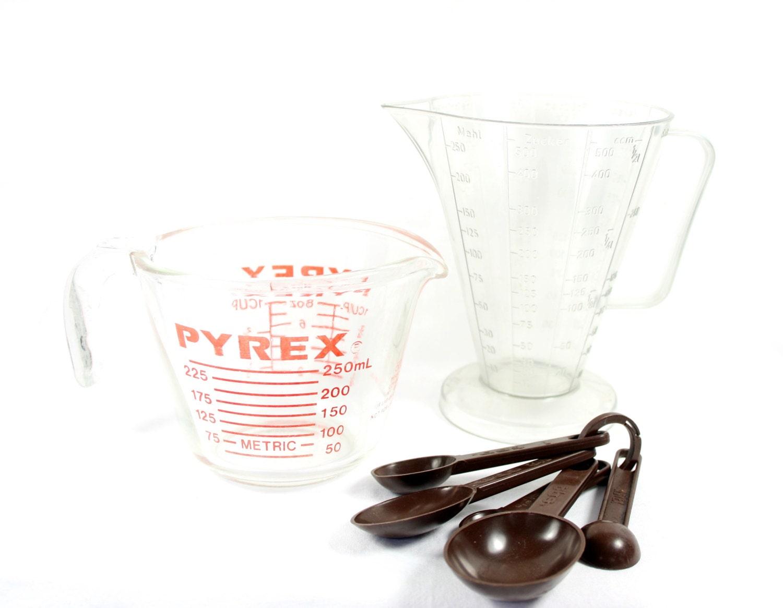 pyrex glass measuring cup set emsa west germany measuring. Black Bedroom Furniture Sets. Home Design Ideas